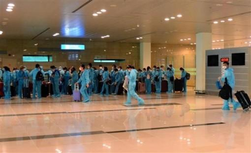Việt Nam ghi nhận thêm 10 ca mắc mới COVID-19 trong chiều 20-4