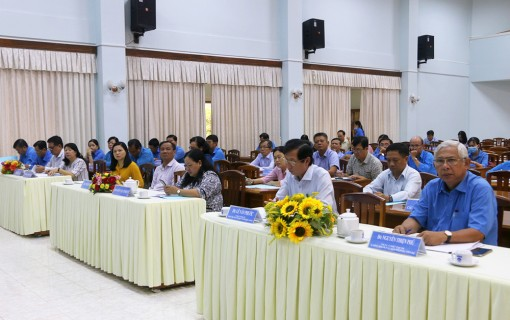 An Giang: Sơ kết thực hiện quy chế phối hợp giữa UBND tỉnh và Liên đoàn Lao động