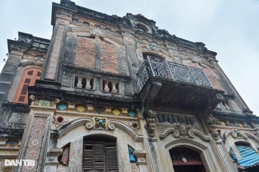Căn biệt thự cổ của ''đại gia làng miến'' nức tiếng một thời ở Hà Nội