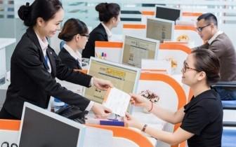 Từ tháng 5, ngân hàng giảm lãi cho khách bị ảnh hưởng bởi COVID-19