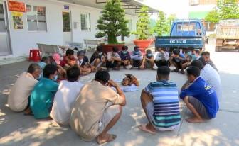 Triệt xóa tụ điểm đá gà ăn tiền ở xã Long Điền B, bắt giữ 26 đối tượng