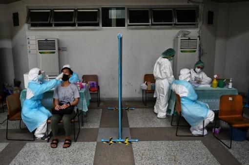 Không chỉ Ấn Độ, các nước đang phát triển cũng bị làn sóng lây nhiễm mới tấn công