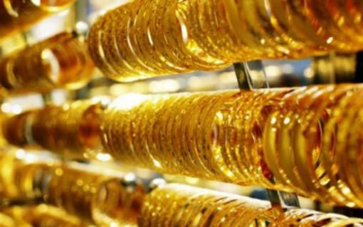 Giá vàng hôm nay 7-5: Bất ngờ tăng vọt