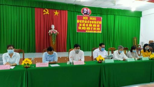 Ứng cử viên đại biểu Quốc hội, HĐND tỉnh và huyện Phú Tân gặp gỡ, tiếp xúc cử tri