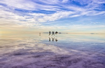 """Sửng sốt vẻ đẹp kỳ ảo của 5 sa mạc """"không cát"""" độc đáo nhất thế giới"""