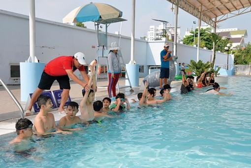 An Giang tăng cường các hoạt động phổ cập bơi, phòng, chống tai nạn đuối nước trẻ em