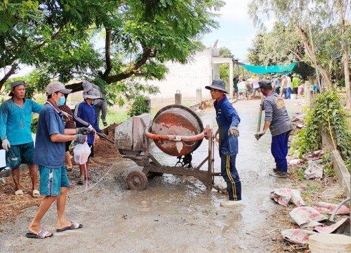 Châu Phú học tập và làm theo tư tưởng, đạo đức, phong cách Hồ Chí Minh