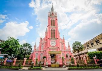 """""""Chụp cháy máy"""" ở 3 nhà thờ màu hồng đẹp nhất Việt Nam"""