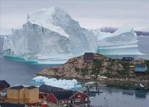 Chung tay ứng phó với biến đổi khí hậu tại Vòng Bắc Cực