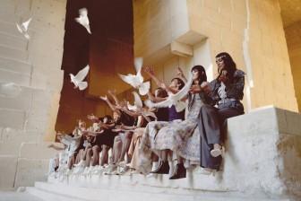 """Mơ ước về """"cánh chim tự do"""" của Chanel được truyền tải qua BST Cruise 2021/2022"""