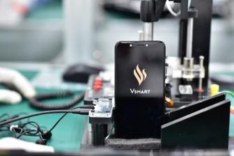VinSmart rút lui khỏi thị trường, tương lai nào cho smartphone Việt?