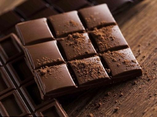 Những lợi ích tuyệt vời của sô cô la đen khiến bạn bất ngờ