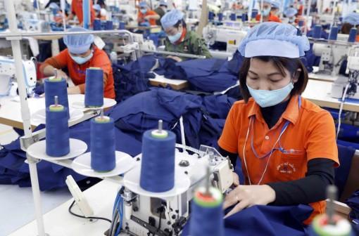 Xuất khẩu khả quan, doanh nghiệp vẫn đau đầu vì chi phí tăng cao