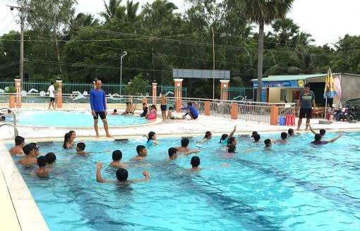 An Giang tăng cường công tác phổ cập bơi, phòng chống tai nạn đuối nước trẻ em