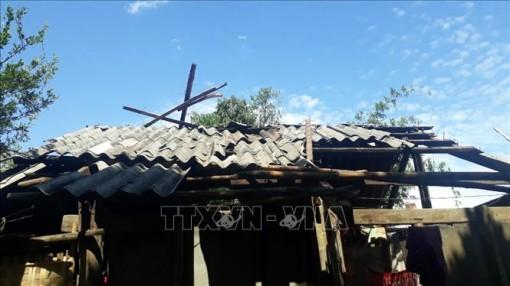 97 ngôi nhà ở Lai Châu bị sập và tốc mái do dông lốc