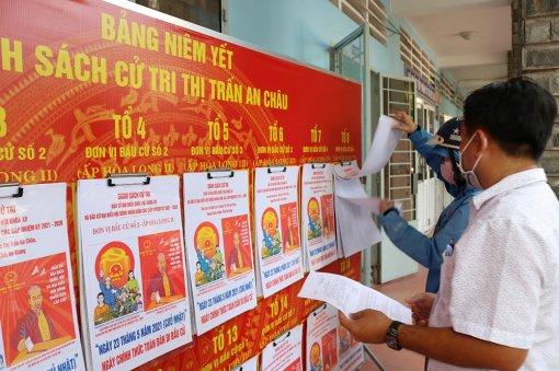 Kiểm tra công tác tuyên truyền bầu cử tại huyện Châu Thành