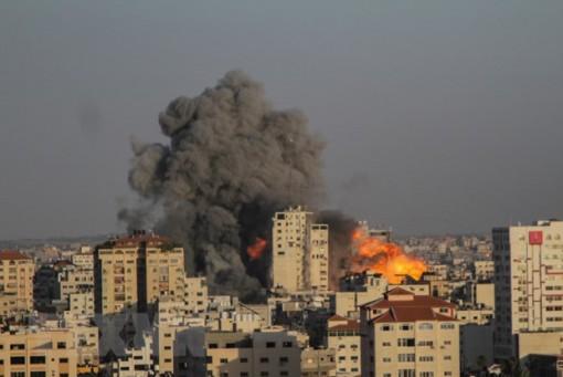 Israel đánh sập ngân hàng Hamas, tuyên bố không dừng không kích Gaza