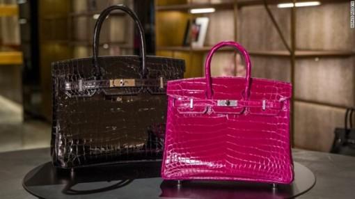 Giá túi xách Hermès Birkin tăng mạnh bất chấp đại dịch COVID-19