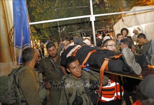 Sập khán đài giáo đường ở Israel khiến nhiều người thương vong