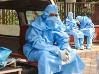 50 bác sỹ Ấn Độ thiệt mạng vì COVID-19 chỉ trong 1 ngày