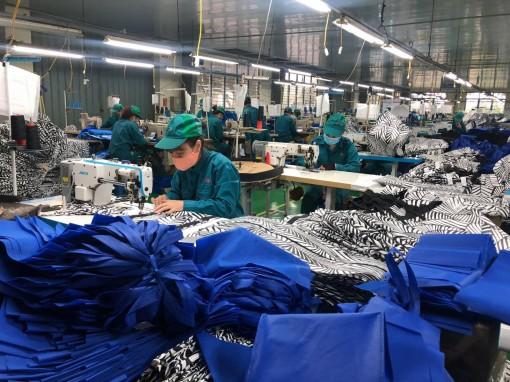 Hiệp hội dệt may Việt Nam đề nghị ưu tiên cho doanh nghiệp mua vaccine COVID-19
