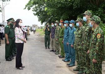Phó Chủ tịch nước Cộng hòa Xã hội Chủ nghĩa Việt Nam Võ Thị Ánh Xuân thăm, kiểm tra, động viên lực lượng làm nhiệm vụ bảo vệ biên giới và phòng, chống dịch bệnh COVID-19 tại tỉnh An Giang