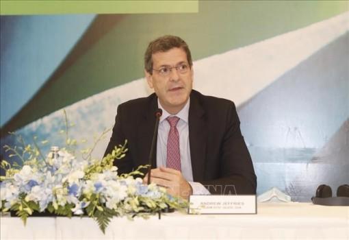 ADB: Việt Nam có thể thực hiện được mục tiêu kép vừa ngăn chặn đại dịch vừa tăng trưởng kinh tế trong năm 2021