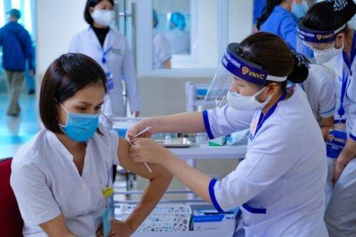 Việt Nam sắp có vaccine phòng COVID-19 tiêm 1 liều
