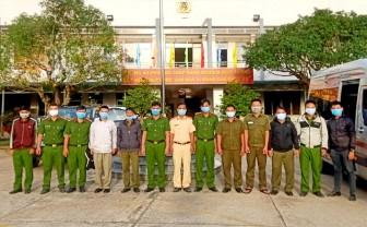 Thêm 21 cán bộ, chiến sĩ huyện Phú Tân lên tuyến biên giới hỗ trợ công tác phòng, chống dịch bệnh COVID-19