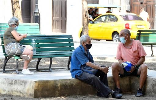 Cuba ghi nhận số ca mắc mới COVID-19 cao kỷ lục trong vòng 1 tháng