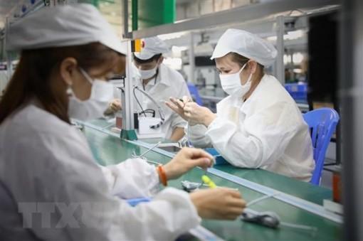 WB cảnh báo nguy cơ tiếp tục thu hẹp sản xuất do dịch COVID-19