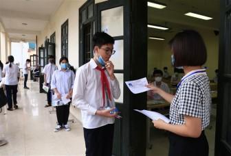 Sáng nay 14-6, gần 8.000 thí sinh tranh suất vào lớp 10 THPT chuyên của Hà Nội