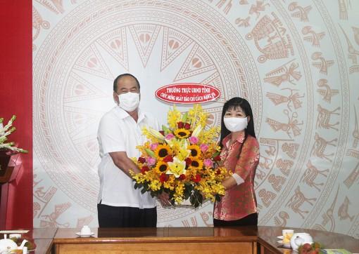 Chủ tịch UBND tỉnh An Giang Nguyễn Thanh Bình thăm, chúc mừng Ban Tuyên giáo Tỉnh ủy, Sở Thông tin và Truyền thông nhân dịp kỷ niệm 96 năm ngày Báo chí Cách mạng Việt Nam