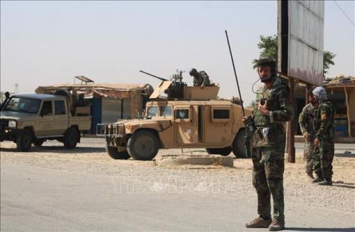 Xả súng tại Afghanistan làm hàng chục người thương vong