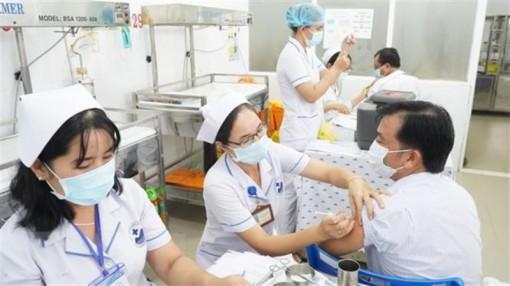 Phân bổ 288 nghìn liều vaccine Astra Zeneca cho các địa phương có dịch