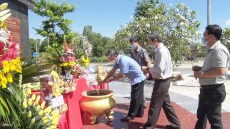 Tri Tôn tổ chức lễ tưởng niệm lần thứ 13 ngày mất cố Thủ tướng Võ Văn Kiệt