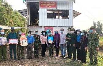 Phụ nữ An Giang tham gia chống dịch