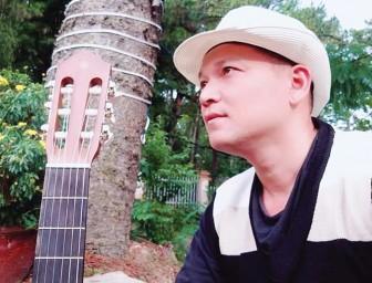Nặng tình với dòng nhạc quê hương