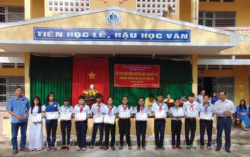 Hoạt động khuyến học ở An Giang hướng đến đào tạo nguồn nhân lực chất lượng cao