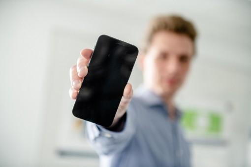 Lỗ hổng điện thoại 2G khiến tin tặc nghe được cuộc gọi trong hơn 20 năm