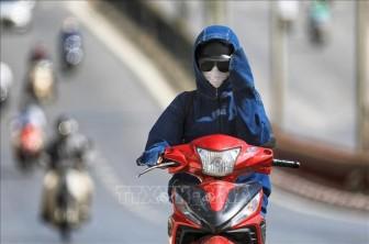 Nắng nóng tác động mạnh đến cuộc sống người dân