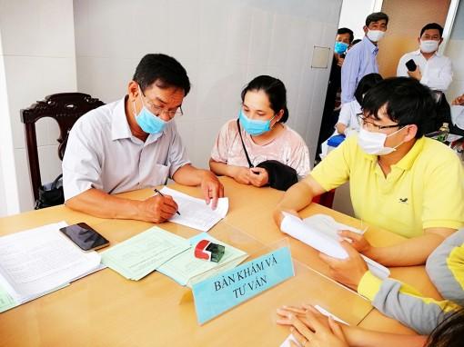 Tịnh Biên: Hơn 1.500 người được tiêm vaccine ngừa COVID-19