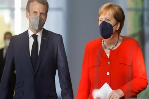 """Mở """"cánh cửa đối thoại"""" EU - Nga"""