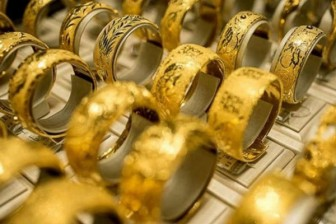 Giá vàng hôm nay 22-6: USD tăng giá, vàng sụt giảm