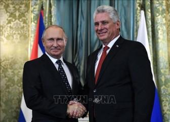 Lãnh đạo Nga, Cuba điện đàm