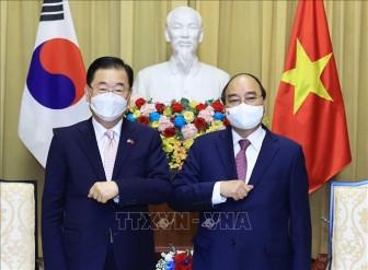 Việt Nam mong muốn Hàn Quốc chia sẻ kinh nghiệm điều trị COVID-19, chế tạo vaccine