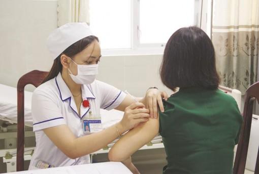 Tiêm vaccine phòng COVID-19, vì lợi ích cá nhân và cộng đồng