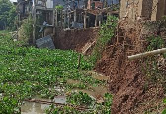 An Giang ban bố tình huống khẩn cấp sạt lở bờ Đông sông Châu Đốc, thị trấn An Phú