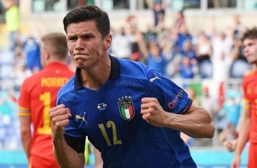 EURO 2020: Italy thăng hoa, Serie A làm lu mờ Ngoại Hạng Anh