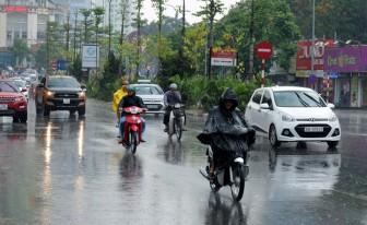 Rãnh áp thấp tiếp tục gây mưa dông ở Bắc Bộ